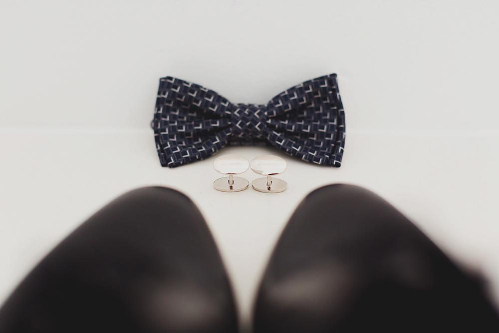 Santorini Wedding Grooms details/shose