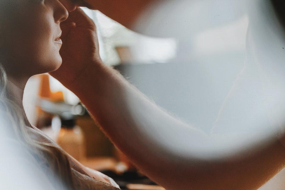 Makeup artist, brides preparation